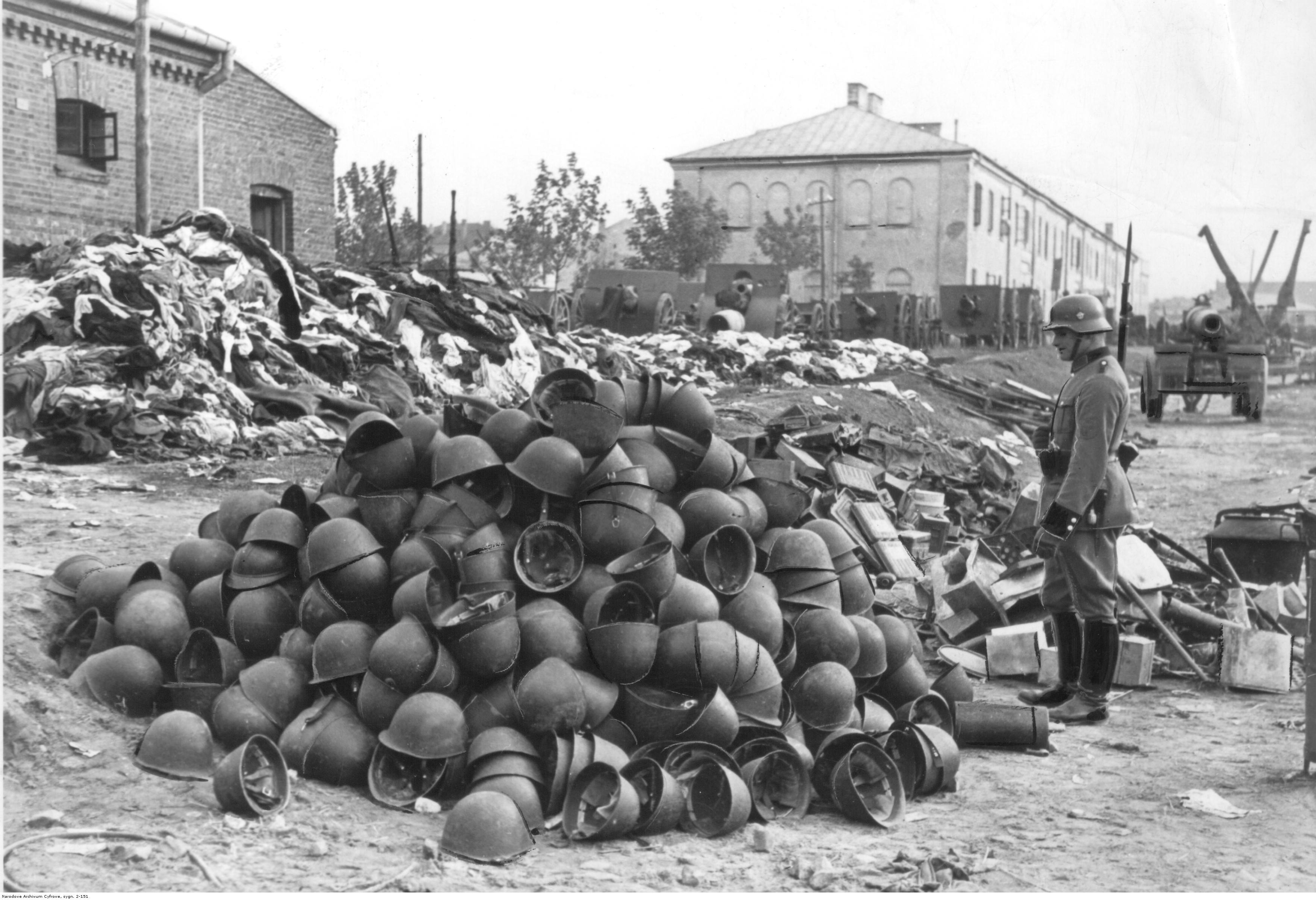 Round One - Ghetto Battle Weaponz